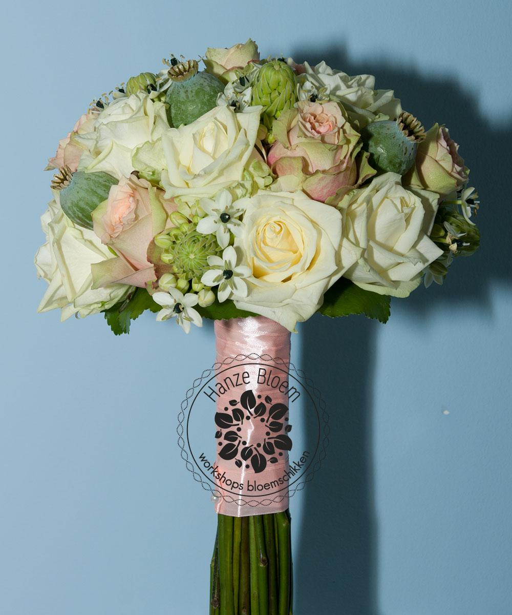 bruidsboeket-rozen-ornith-zaaddozen-wit-roze